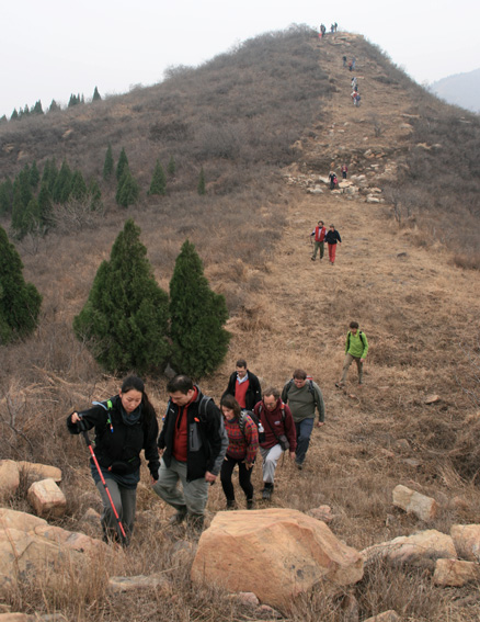 Firebreak trail, Beijing Hikers 10000 Buddhas hike, 2009-11-08