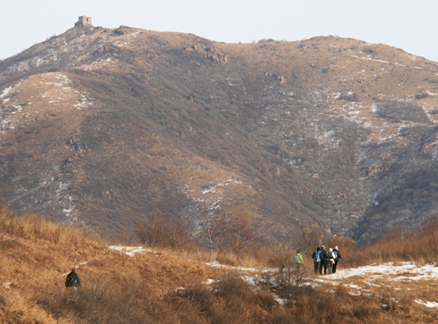 High Tower in the distance, Beijing Hikers High Tower hike, 2009-11-28