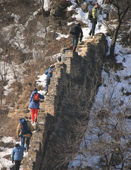 Hikers on Great Wall, Beijing Hikers Lotus Pond to Mutianyu hike, 2010-01-24