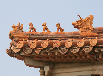 Roof ornamentation, Beijing Hikers Quarrymen's Trail and Ming Tombs hike, 2010-05-12