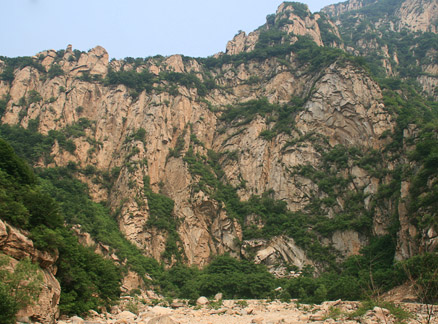 Canyon walls, Beijing Hikers Great Flood hike, 2010-06-06