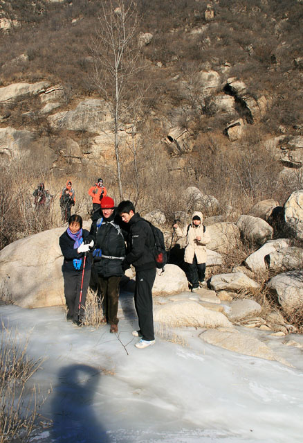 The stream was frozen, Beijing Hikers Intelligence Valley, January 16, 2011