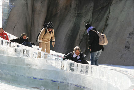 Ice slide, Beijing Hikers Heilongtan hike, February 09, 2011
