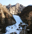 A large icefall, Beijing Hikers Heilongtan hike