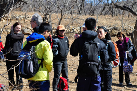A short break, Beijing Hikers Auspicious Village and Huanghuacheng,March 06, 2011