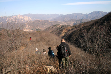 the ridge at a saddle, Beijing Hikers BigBlackMountain, November20, 2011