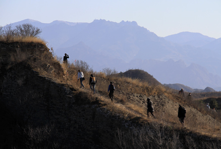 the wall, Beijing Hikers Gubeikou GreatWall Loop Midweek, November02, 2011