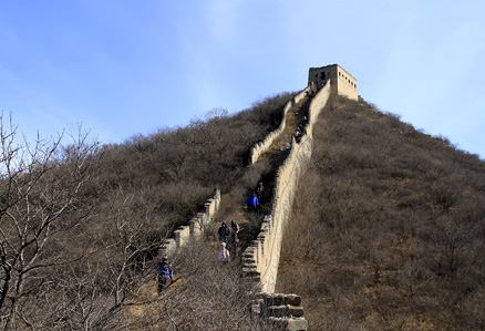 Coming down, Beijing Hikers Middle Route of Switchback Great Wall, February04,2012