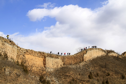 the clear and blue sky, Beijing Hikers Gubeikou GreatWall, March10, 2012