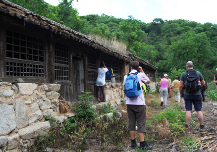 an abandoned village, Beijing Hikers Spring valley loop, June17, 2012