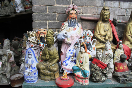 Porcelain Buddhas, Beijing Hikers Pingyao trip, August10, 2012