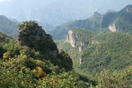 tall cliffs and deep valleys, Beijing Hikers Ming Village Overnight,September22, 2012