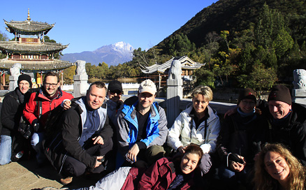 Nice group photo, Beijing Hikers Lijiang and Shangri-La, Nov14, 2012