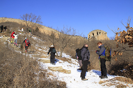 a hill trail, Beijing Hikers Gubeikou to Jinshanling Great Wall Christmas hike, Dec22, 2012