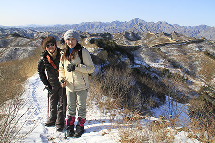 Hikers on the wall, Beijing Hikers Gubeikou to Jinshanling Great Wall Christmas hike, Dec22, 2012