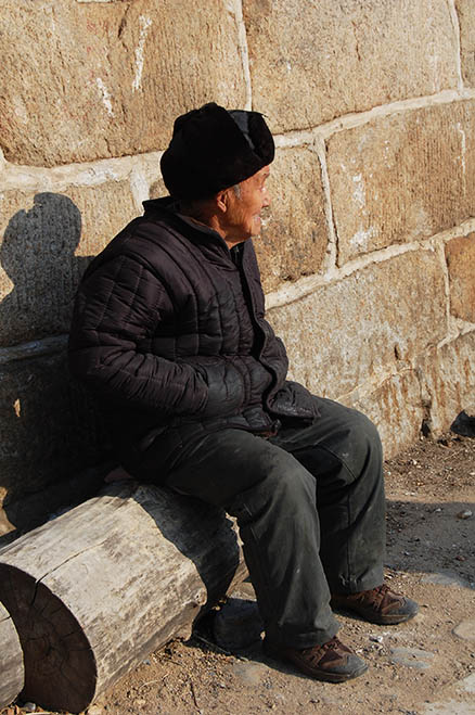 An elderly inhabitant, Beijing Hikers Zhuangdaokou Great Wall and Hot spring, Dec26, 2012