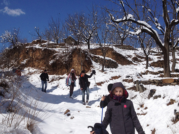 The trail is a little slippery, Beijing Hikers Walled Village to Huanghuacheng Great Wall hike, 2013/03/20