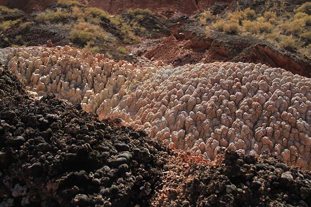 A weirdly-weathered small hill, Badain Jaran Desert and Zhangye Danxia Landform, 2013/09