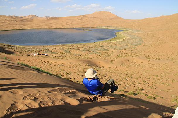and to slide down from the top!, Badain Jaran Desert and Zhangye Danxia Landform, 2013/09