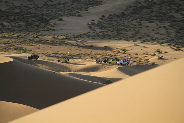 Our jeep drivers were waiting for us over the dunes, Badain Jaran Desert and Zhangye Danxia Landform, 2013/09