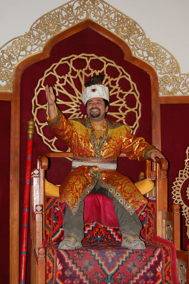 The second Hui Emperor on his throne, Beijing Hiker's Journey from the West, 2013/10