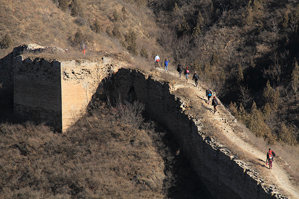 The foundation of a ruined tower, Gubeikou Great Wall loop hike, 2013/12/21