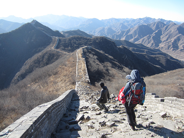 With not a lot of foliage on these hills, we could see clearly where we'd be headed.- Stone Valley Great Wall, 2014/01/12