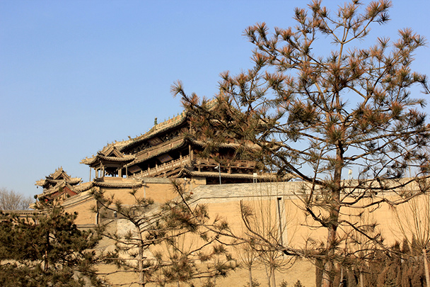 The temple and lookout point on the northern walls of Yuxian, Yu County Ancient Towns and Fortresses overnight, 2014/02