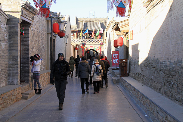 Walking along the main street of the town inside the walls of the ancient fortress - Yu County CNY 2014 Overnighters, Part 1