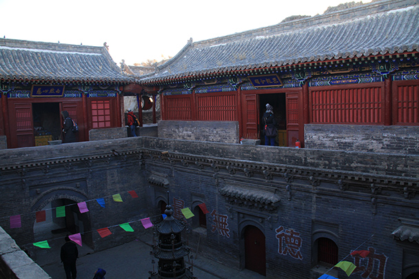 A view from above of the temple courtyard - Yu County CNY 2014 Overnighters, Part 1