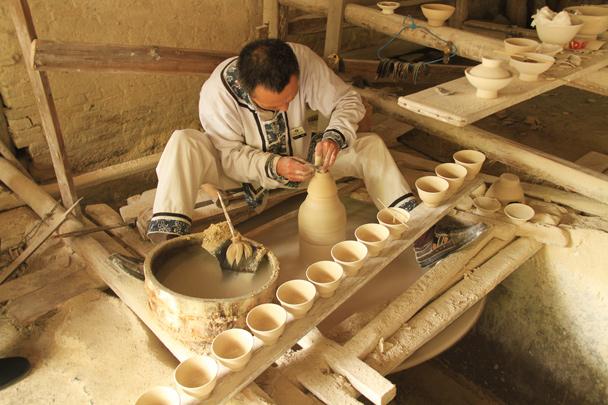 Tea cups - Wuyuan County, Jiangxi Province, 2014/03