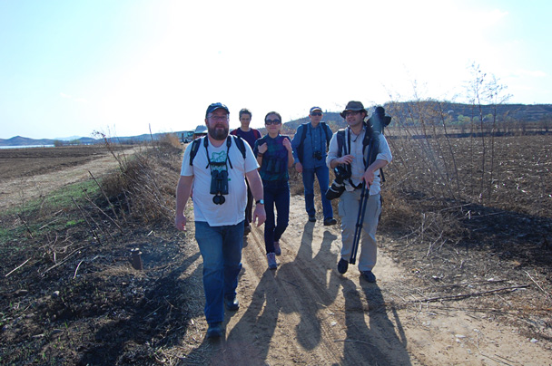 We arrived in the countryside in the early afternoon, and headed to the reservoir - Miyun Birdwatching overnighter, 2014/03/29-30
