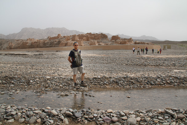We took a good walk about the ruins, walking between different parts - Along the Silk Road from Korla to Kashgar, 2014/06