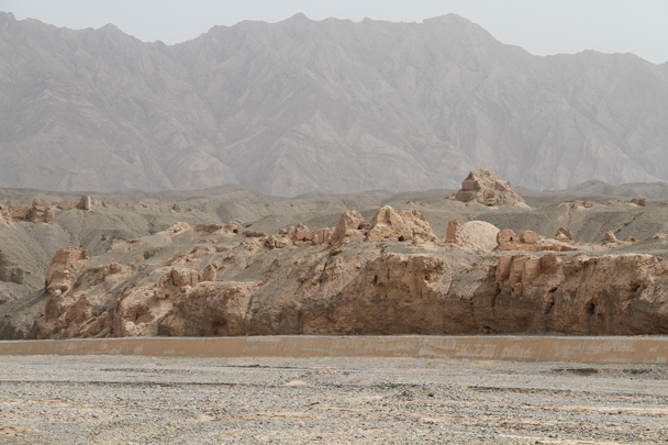 Quite a large site - Along the Silk Road from Korla to Kashgar, 2014/06