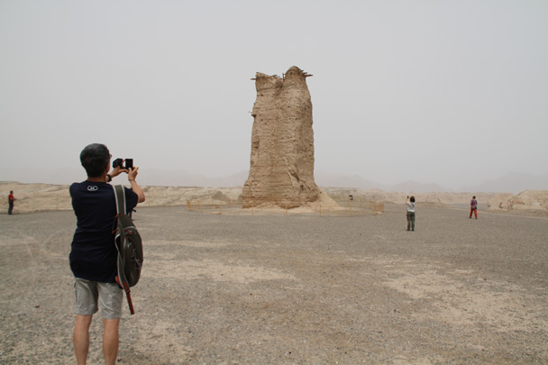The Kizilgaha Beacon tower, an impressive Tang Dynasty (618–907 AD) structure near the Kizil Thousand Buddha Caves - Along the Silk Road from Korla to Kashgar, 2014/06