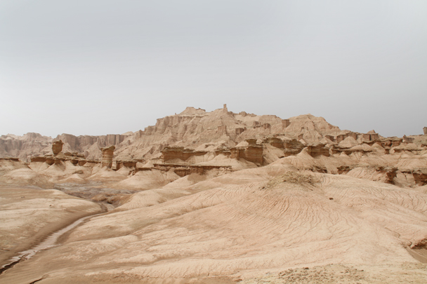 We decided to set up camp by the 'Ghost City' - Along the Silk Road from Korla to Kashgar, 2014/06