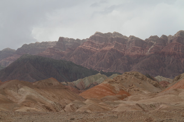 Our hike took us closer to the cliffs - Along the Silk Road from Korla to Kashgar, 2014/06