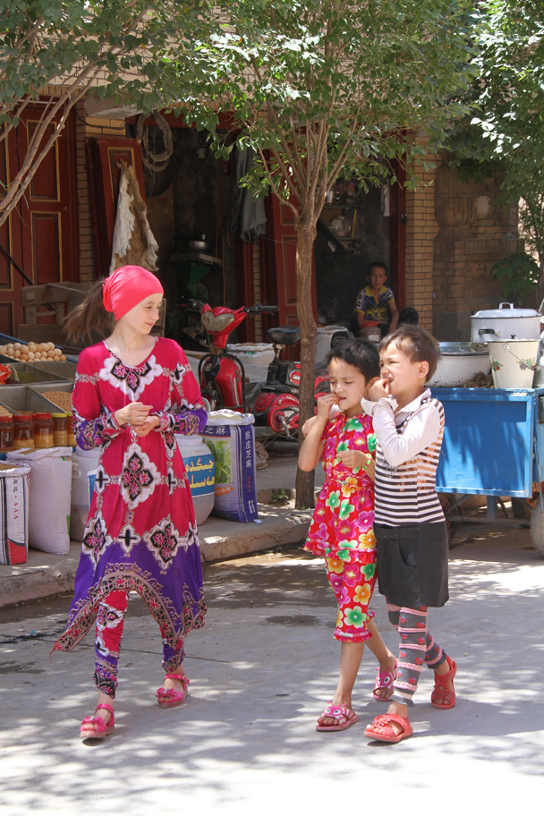 Young ladies out for a stroll - Along the Silk Road from Korla to Kashgar, 2014/06