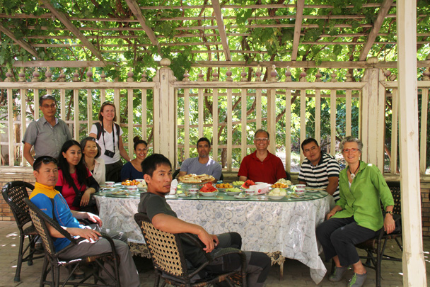 A lovely setting for a big lunch - Along the Silk Road from Korla to Kashgar, 2014/06
