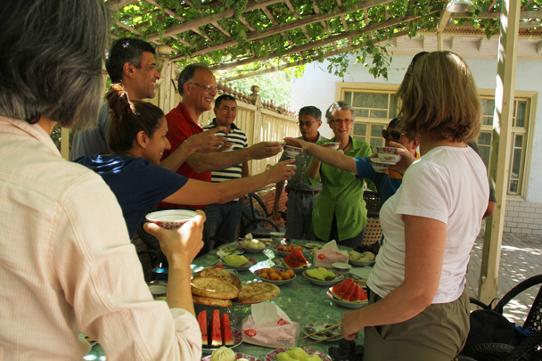 Cheers for a fun trip! - Along the Silk Road from Korla to Kashgar, 2014/06
