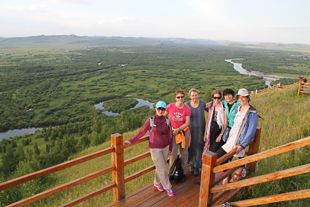 Group photo on the viewing platform - Hulunbuir Grasslands, Inner Mongolia, 2014/07