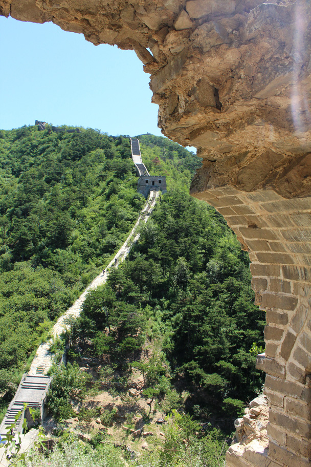 Great Wall framed by an arch - Zhuangdaokou Great Wall to the Walled Village, 2014/07/12