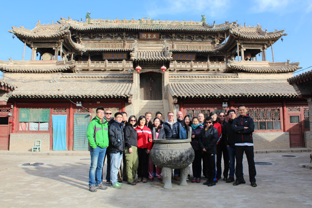 Team shot at the temple - Yu County overnighter for Audi China, 2014/10