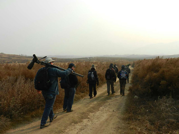 Moving on to the next spot - Miyun Reservoir Birdwatching Overnighter, 2014/11