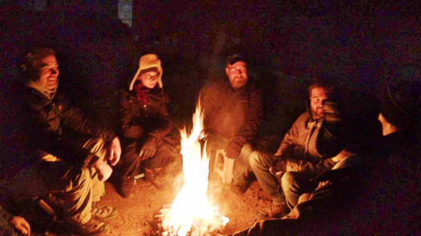 Sharing good stories around the bonfire at night - Miyun Reservoir Birdwatching Overnighter, 2014/11