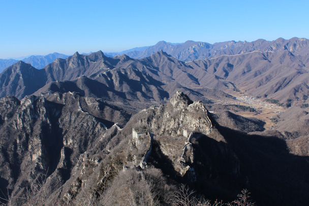 After a big climb up to the Great Wall we were rewarded with this view. Super! - Great Wall Christmas 2014 - Jiankou to Mutianyu