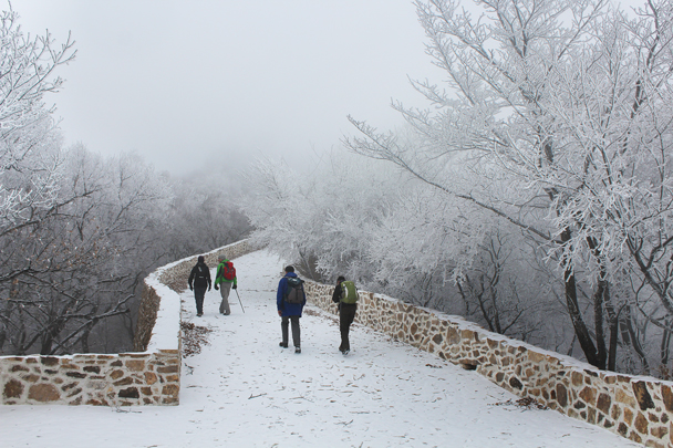 Newly restored Great Wall - Nine-Eyes Tower snow hike, 2015/02/20