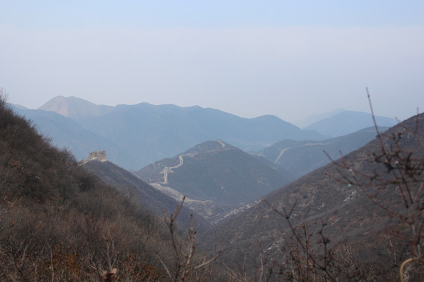 We could see the wall rolling on and on along the ridgelines - Middle Route of Switchback Great Wall, 2015/02/21
