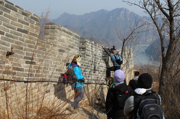 And then climb back on around the corner - Longquanyu Great Wall and the Little West Lake, 2015/04