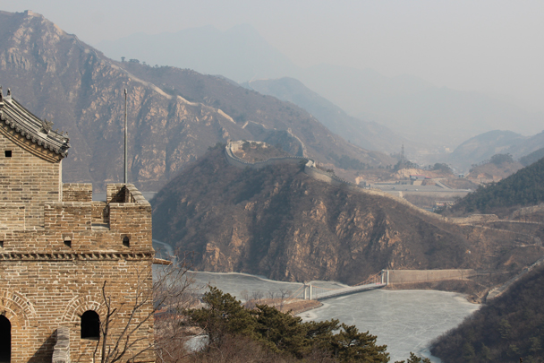Down below, the reservoir was still frozen - Longquanyu Great Wall and the Little West Lake, 2015/04